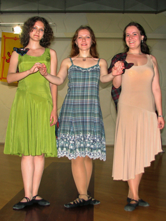 Lugnasad girls at the Moscow Scottish Ball